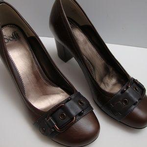 NIB Sooft Leona Brown Leather Pumps 9.5